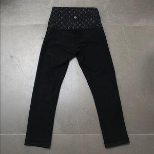 Lululemon reversible leggings, 7/8 size 4